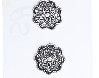 Button set of 4 , 2 hole , Plated plastic , Antique silver finish , sold 4 each OB9504AS