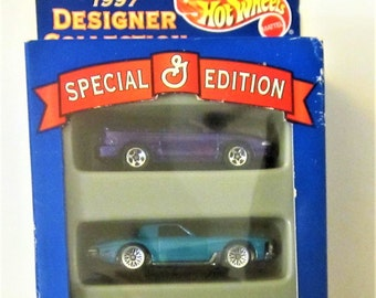 Hot Wheels Special Edition Mattel 1997 DieCast Car General Mills Designer Collection Toy Chrome Wheels Rare Vintage Blue Display Box