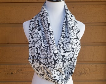 Black and white Scarve, flannel scarf, Warm Scarf, Infiniti Scarf, One Loop Scarf, Cozy Scarf, Flower Scarf, Wrap, Double sided scarf