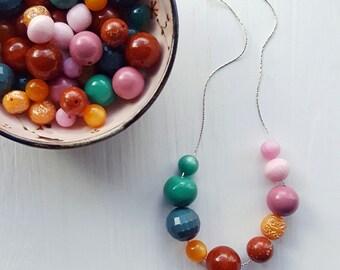 tailfeathers - necklace - vintage lucite - jewel tone color block necklace - pink orange teal