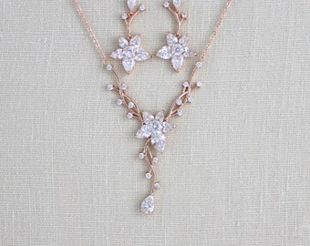 Rose gold Bridal necklace, Rose gold Bridal earrings, Wedding jewelry set, Swarovski necklace, Crystal drop earrings, Bridal jewelry, LILY