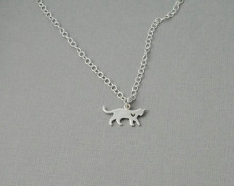 Kitty cat necklace / Sterling cat necklace / Cat lover