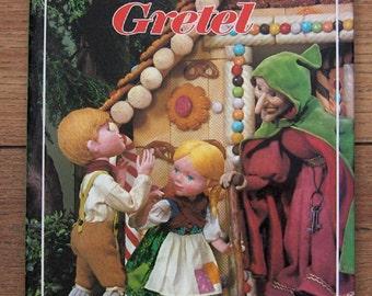 vintage 1970  a Puppet Storybook HANSEL AND GRETEL  children boy girl guc