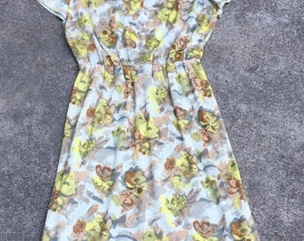 1960s Vintage Day Dress - Muddled Floral in Yellow Gray and Taupe - Button Front - Classic 60s Style - Spring Summer Dress - 38 40 Bust