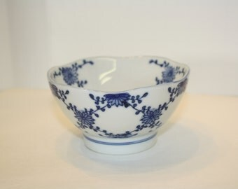 Japanese Porcelain Rice Bowl