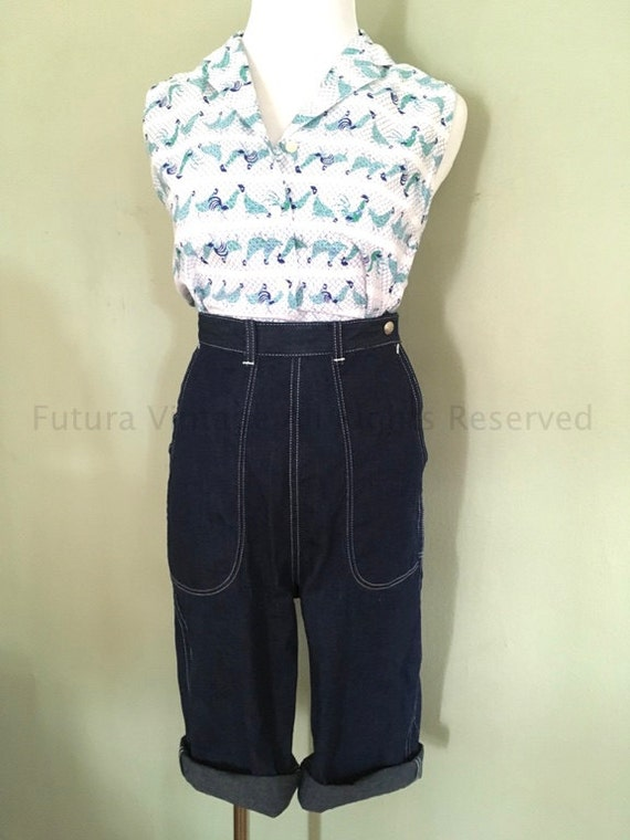 1950s Sportswear by BERGMAN Dark Denim Clam Diggers with Deep Front Pockets Back Pockets and Hidden Side Zipper with Snap Closure-XS S