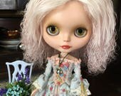 Beautiful Rosie Tea Mohair Tibetan Lambskin Skinny Blythe Doll Scalp