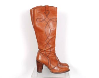 Vintage 1970s Boots / 70s Leather Knee High High Heel Boots / Brown ( size 8 )