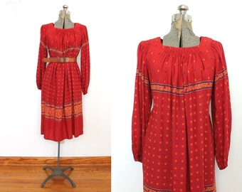1970s Boho Dress / 70s Red Paisley Hippie Dress