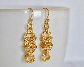 Chainmaille Circle Earrings - Gold Earrings - 14K Gold Dangle Earrings - Dainty Earrings - By BALOOS