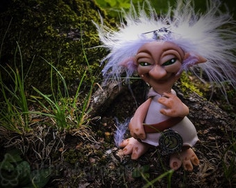 Winkle Van Schrume - TROLL Doll Collectible Figurine, The Schrumes Collection