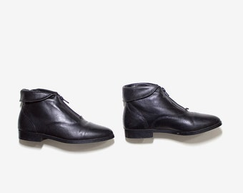 Vintage Ankle Boots 6.5 / Black Leather Boots / Cuffed Leather Booties / Ankle Boots Women / Zip Up Boots