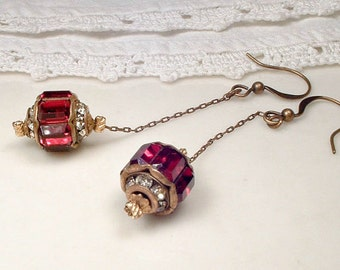 ANTIQUE 1920 Flapper Long Garnet Red Rhinestone Earrings, Gold Pave Ruby Drop Dangle Earrings, Vintage Art Deco Great Gatsby Downton Abbey