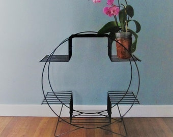 Vintage Round Metal Plant Stand / Book Shelf