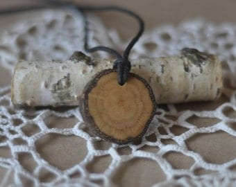 wood necklace  •  lace beech wood pendant  •  wooden necklace • or/ maple wood pendant