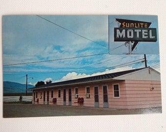 Vintage Postcard Cody WY Sunlite Motel Wyoming Post Card 1960s