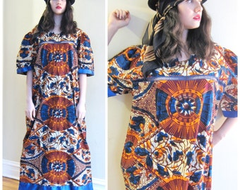 Vintage 1970s African Batik Print Caftan Dress / 70s Colorful Orange and Blue Graphic Print Maxi Dress Dashiki / XL