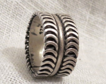 Biker Tracks Wide Band Sterling Silver Ring Made in Mexico SZ 7.5
