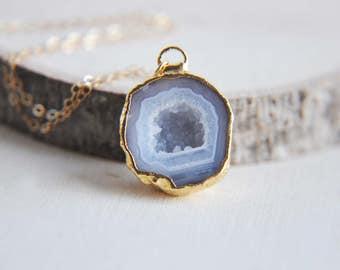 Druzy Geode Necklace, Geode Necklace, Geode Jewelry, Druzy Jewelry, Druzy Necklace, Geode Stone Necklace, Stone Necklace, Natural Geode