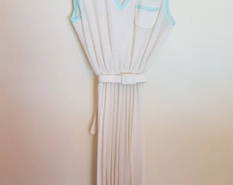 Vintage 1980s White and pale green sheer pleated dress