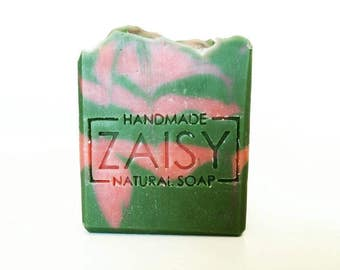 Strawberry Kiwi Handmade Soap, Cold Process, Fruity Soap, Moisturizing, Bubbly Soap Bars, Vegan Cruelty Free Soap by Zaisy on Etsy
