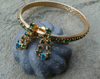 Bangle Bracelet & Earrings. Green Rhinestones, Gold Tone. Vintage 1950s. Stacking Bracelet. Screw Back Earrings.