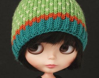 Springtime ahead - knitted Blythe head with pompom
