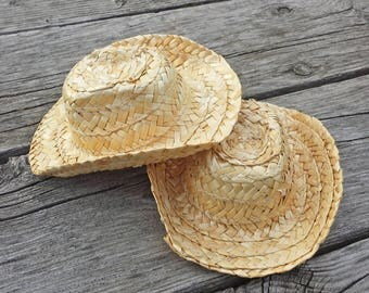 2 Straw Hats for Crafts or Dolls, 6 x 5 inch Straw Teddy Bear Hat, Small Hats for Wreaths and Decorating