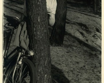 "Vintage Photo ""Peek-a-Boo Tree"" Snapshot Antique Photo Old Black & White Photograph Found Paper Ephemera Vernacular - 132"