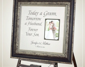 Personalized Burlap Wedding Frame, TODAY A GROOM, Mother of the Groom Gift, Parents of the Groom, Personalized Picture frame, 16 X 16