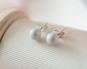 Grey Pearl Earrings, Grey Stud Earrings, Grey Wedding, Grey Wedding Accessories, Bridesmaid Gift, Grey Sterling Silver Earrings, Pearl Studs