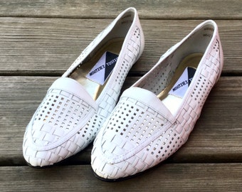 90s geometric cutout white flats US 7 / EUR 39 / UK 4.5