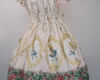 Alice in Wonderland Golden Cameo Dress: Pink