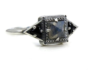 Pyramid Labradorite Tomb Ring with Onyx Trillions - Modern Mourning Jewelry - Sterling Silver
