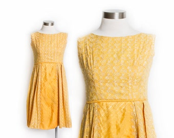 Vintage 50s Dress -Golden Yellow Eyelet Embroidered Full Skirt Dress 1950s - XS Extra Small