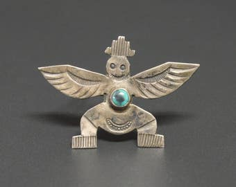 c. 1930 Zuni Knifewing Turquoise & Sterling Pin Brooch Stamp Work Turquoise Eye