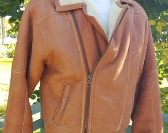 Mens VINTAGE SHEARLING Bomber JACKET Shearling Coat Leather Size Small- Great Vintage Wear Spots-Shows Used But In Great Condtion Size Small