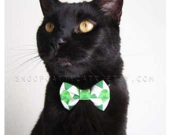 Cat Bow Tie - Kiss Me, I'm Irish
