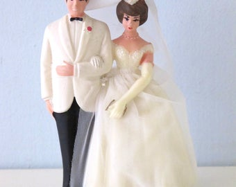 Pretty Vintage Wedding Cake Topper Bride and Groom 1950's Bakery Supplies