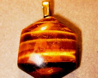 Tiger's Eye hexagonal pendant with brassy bail 45ct