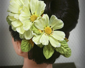 Women's Victorian Floral Haircomb: Summer Soiree