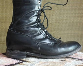 Justin lace up Roper ankle boots  // vintage fringed black leather lace ups Western boots removeable Kilties / packer / Granny boot