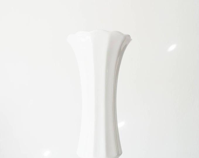 Mid Century Modern Glazed White Porcelain Vase // Wunsiedel // Bohemian Home Decor