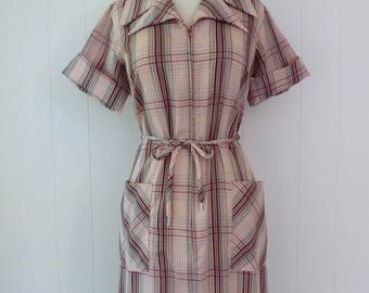 70's Pink Plaid House Dress Double Pointy Collar Belted Pocket Zip Front Sears Day Dress L