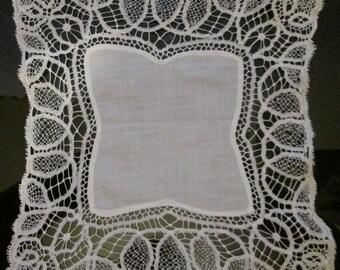 Antique - Vintage Fine White Lace Edged Handkerchief - Victorian - Edwardian