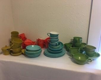 Vintage Melamine Dishes, Huge Lot Vintage Plastic Dishes, Melamine Dish Lot, Vintage Plastic Dishes, Melmac, Maplex, Rainboware, Dorchester
