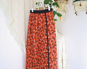 1970s Floral Maxi Skirt, Vintage 70s quilted Mod maxi, Small 3902