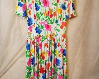 M Medium Vintage 80s Floral Print Pink Spring Garden Party Tea Romantic Hipster Indie Secretary Grandma Big Shoulder bright bold pads Dress