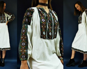 vintage Romanian Traditional Embroidered Floral Folk Dress