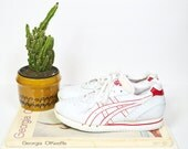 Vintage Asics sneakers / 80s white and red retro tennis shoes